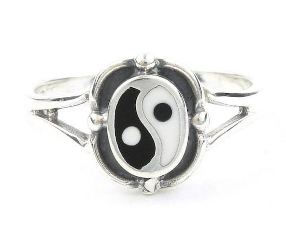Sterling Silver Yin Yang Ring, Balance, Boho, Bohemian, Gypsy, Festival Jewelry, Hippie Jewelry, Spiritual, Meditation