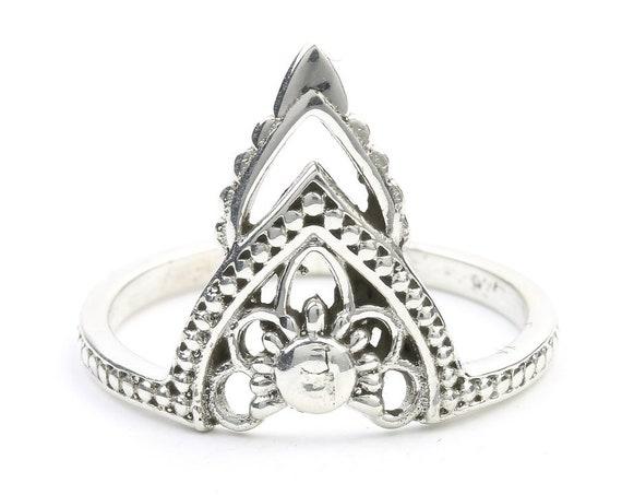 Shirdi Ring, Sterling Silver Mendi Ring, Minimalist, Modern, Ethnic, Boho, Bohemian, Gypsy, Festival Jewelry, Wiccan
