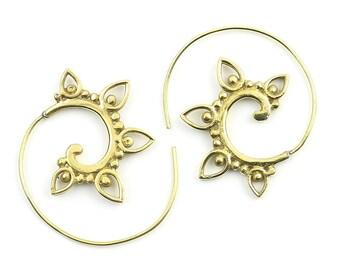 Chakwal Earrings, Spiral Brass Earrings, Swirl Earrings, Tribal Earrings, Festival Jewelry, Gypsy Earrings, Ethnic, Yoga