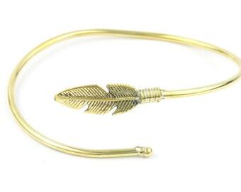 Feather Brass Bracelet, Western Bracelet, Lower Arm Cuff Bracelet, Brass Bracelet, Wrap Around Bracelet, Festival Jewelry, Boho