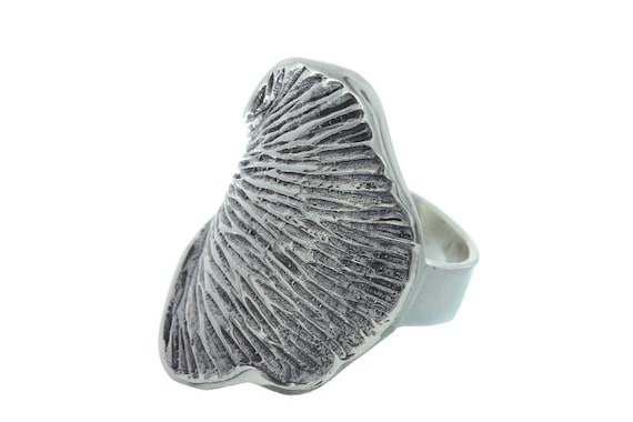 Sterling Silver Petal Ring, Leaf Ring, Ethnic Ring, Silver Plant Ring