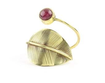 Leaf Ring, Garnet Ring, Brass, Stone Jewelry, Cosmic, Gemstone, Boho, Gypsy, Nature, Hippie, Spiritual