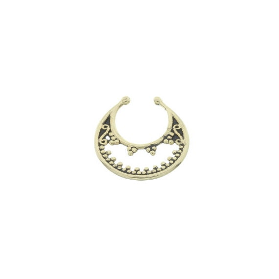Faux septum ring, fake septum ring, nose jewelry, non-pierced body jewelry