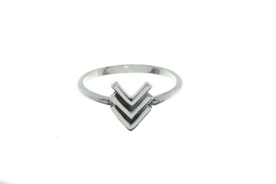 Sterling Silver Arrow Ring, Gemetric ring, Minimilast Ring, Wild Child Ring,  Boho Ring, Stacking ring