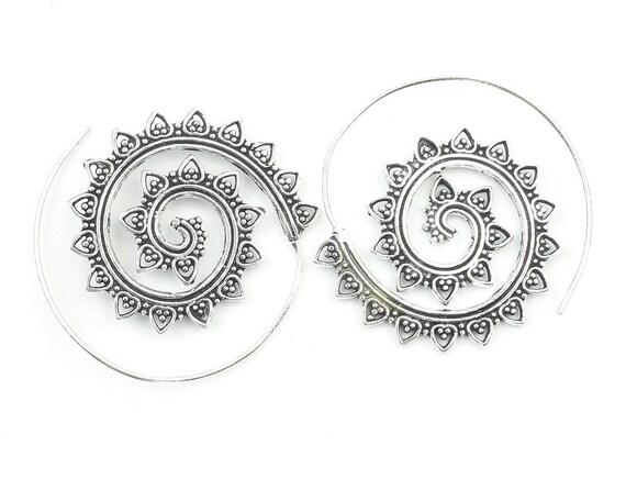 Sohag Earrings, Spiral Brass Earrings, Swirl Earrings, Tribal Earrings, Festival Jewelry, Gypsy Earrings, Ethnic, Yoga