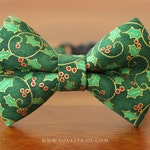 Christmas Cat Bow Tie Collar – Holly Berries (Green) / Holiday Cat Bow Tie Collar