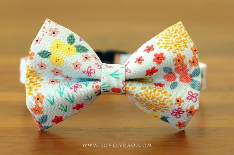 Petit Fleur Cat Bow Tie Collar image 0