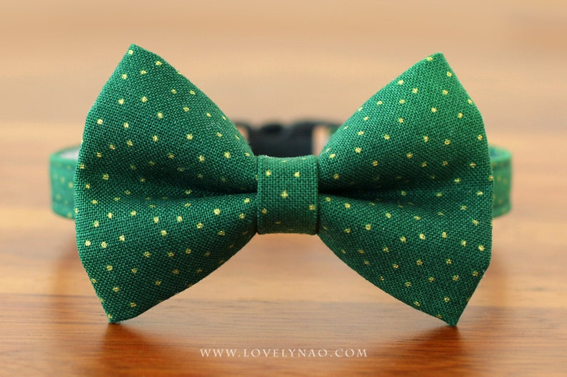 Christmas Cat Bow Tie Collar  Holly Jolly Green / Holiday image 0