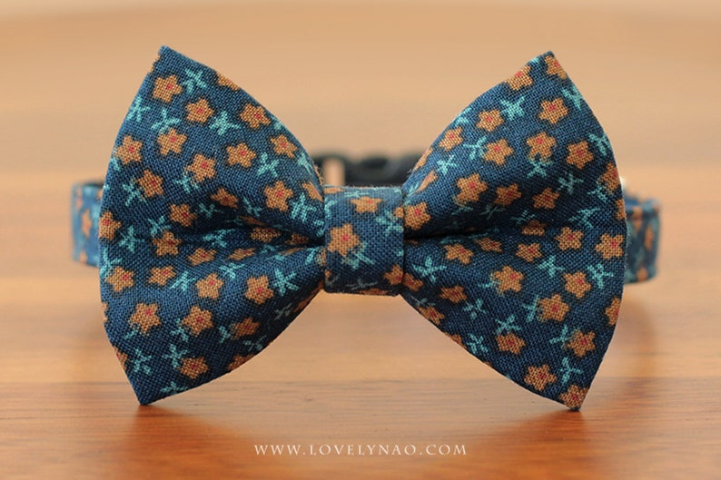 Daybreak Cat Bow Tie Collar image 0