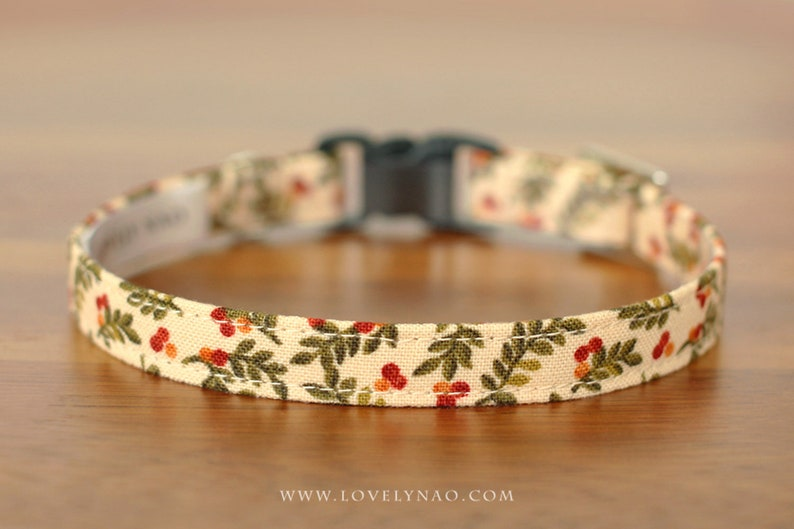 Christmas Cat Collar  Winter Berry / Holiday Cat Collar / image 0