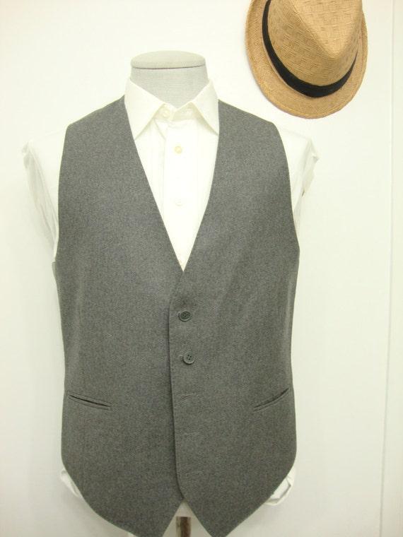 Vintage NINO CERRUTI  Charcoal Gray Plain Wool Ves