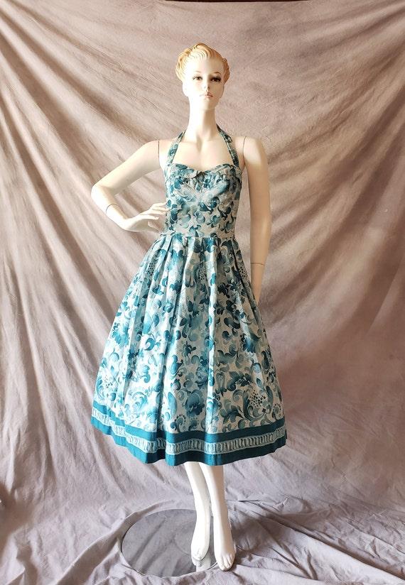 Vintage 1950s Blue Hawaiin Shelf Bust Hibiscus Fle