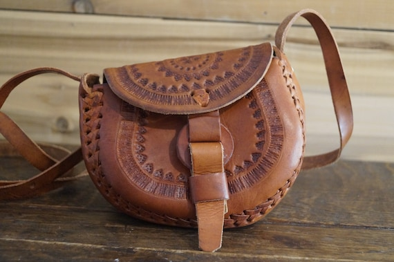 Mexican Tooled Leather Purse, Tooled Leather Hippi