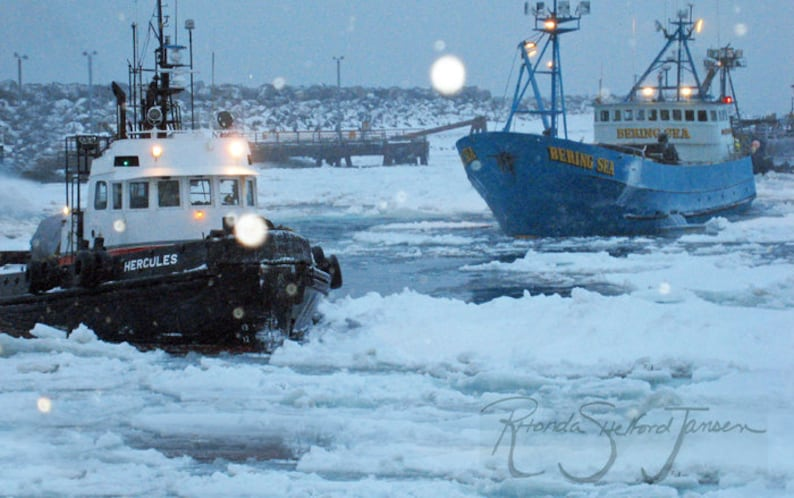 St Paul Harbor: Crab Fishing art black and white prints image 0