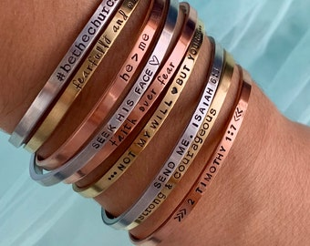 Custom name Jewelry Your own text custom name bracelet Mommy shark bracelet custom bracelet silver metal stamped mama shark cuff bracelet