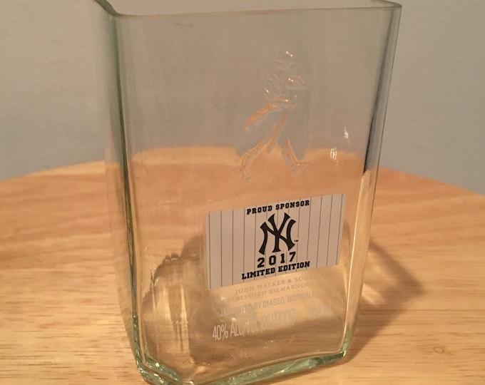 Johnnie Walker Black Label New York Yankees 750ml Bottle Rocks Glass