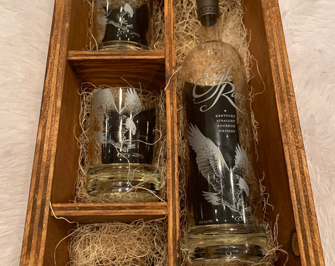 Eagle Rare Kentucky Straight Bourbon Whiskey Rocks Glass Wood Gift Set -Full Bottle Not Included