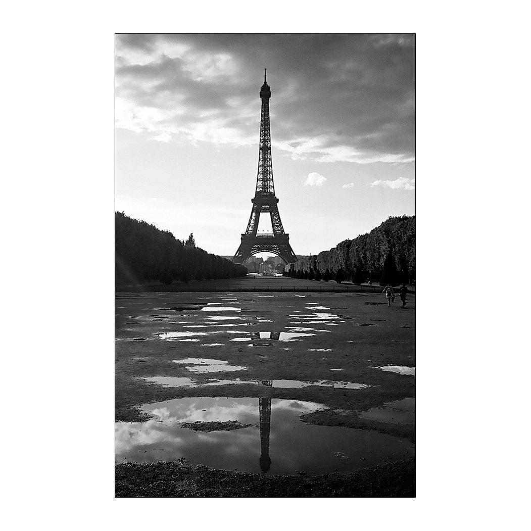 Black and white photography paris print eiffel tower 6x4 print photo art documentary photography retro photo noir silver gelatin