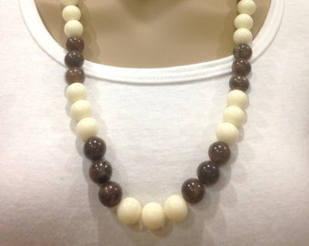 Vintage Estate Brown And White Lucite Beaded Necklace