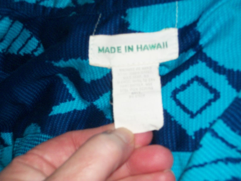 Vintage 80s HAWAIIAN SHIRT Blue Floral Button Down Hipster Shirt Short Sleeves Made in Hawaii Linen Beach Cruise Vacation Wear Mens XL