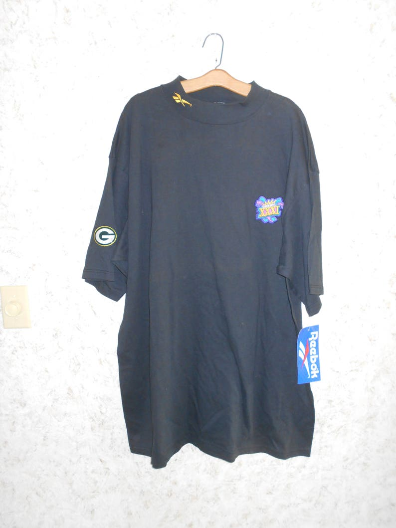 9192b49db06e 90s Reebok Super Bowl XXXI Green Bay Packer Black Mock Tee T
