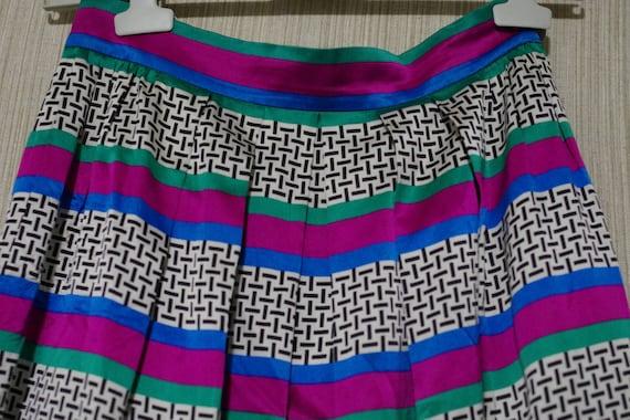 Lloyd Williams Multi Color Silk Pleated Vintage St
