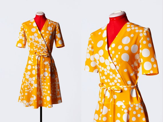 1970s circle print sundress