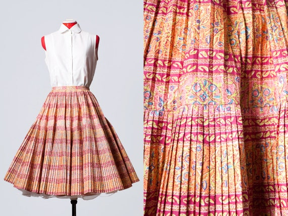 1950s accordion pleat circle skirt