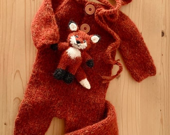 RTS. Knitted Fox sets. Knitted newborn romper, bonnet and toy with removable fox tail