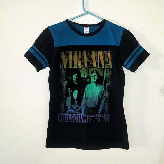 VINTAGE 1991 Nirvana T Shirt - WMNS SMALL