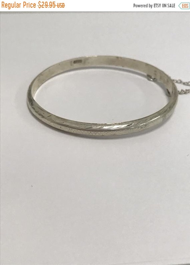 CLEARANCE CLOSEOUT Etched Heart Accent Zig Zag Dainty  Vintage Sterling Silver Etched Design Bangle Bracelet Zig Zag Border