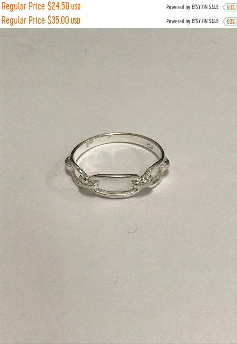 CLEARANCE CLOSEOUT MOTHERSDAYMADNESS Oval Geometric Swirl Accent Sterling Silver Statement Ring Vintage Classic Equestrian Buckle