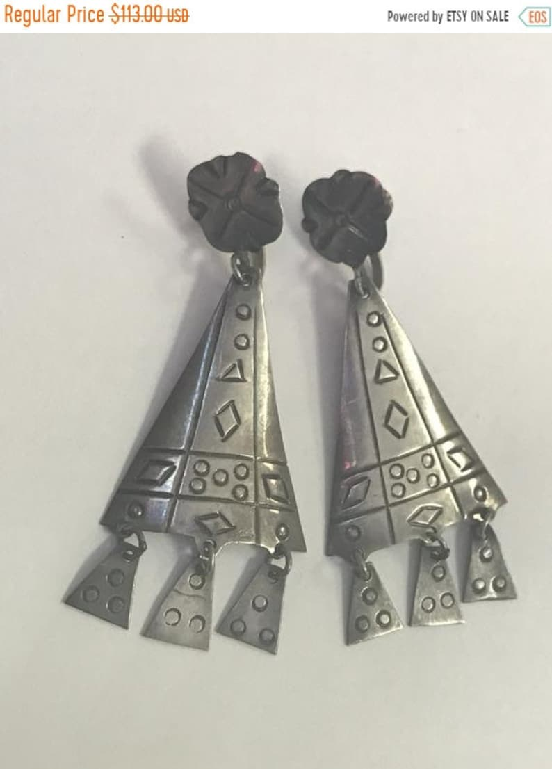 Etched Unique Modern Vi CLEARANCE CLOSEOUT Triangle Dangle Sterling Silver Earrings Geometric Screw-back Signed Hecho En Mexico 925 VGV D.F