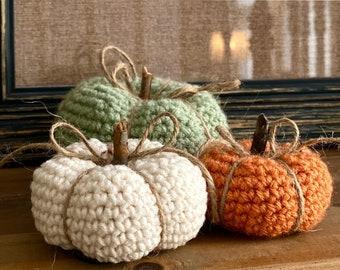 Rustic Pumpkin Trio Crochet Pattern