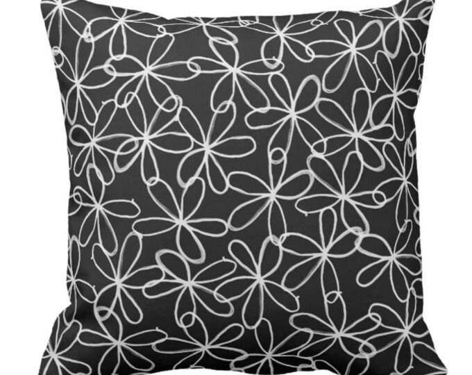 """Throw Pillow Black & White """"Flower Power"""""""