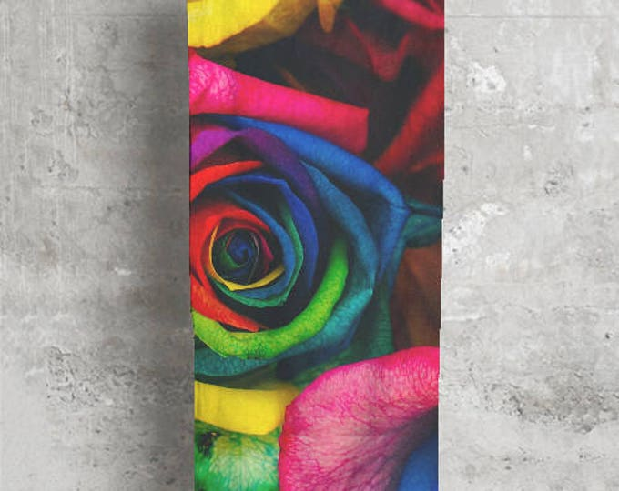 "Modal Scarf ""Vibrant Roses"""