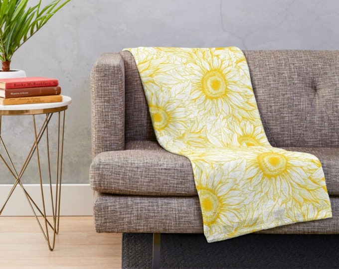 Golden Sunflower Throw Blanket, Polyester Fleece, Washable, Sunflower Blanket, Sunflower Bedding, Living Room Refresh, Sunflower Decor