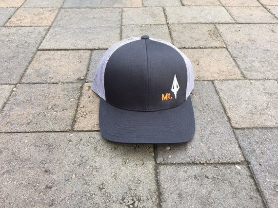 Area Code Art - Montana Hunting Hat, Broadhead Arrow, Snap-back Trucker  Hat, Bowhunting Gift, Bowhunting Gear, Montana State