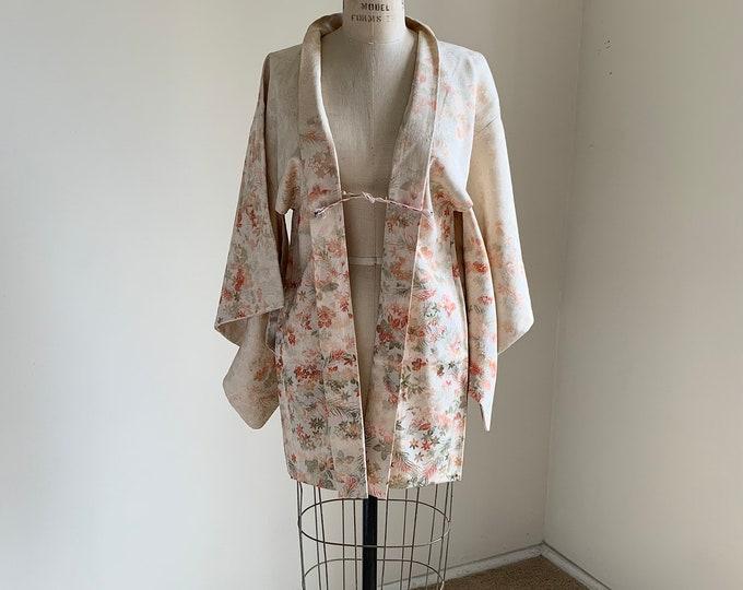 Antique 1930s Japanese silk Haori | Off white | Woven flowers