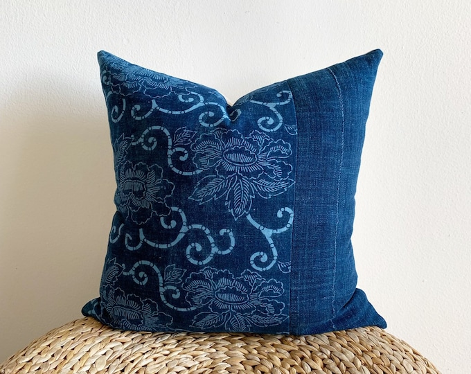 Rare Antique Japanese Aigaeshi Katazome Indigo Pillow Cover (Size: 18x18)