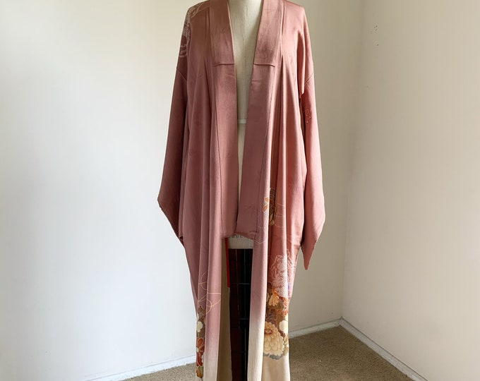 Antique 1920s Japanese silk kimono | Dusty pink | Shibori & Embroidery