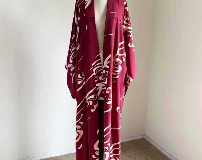 Antique 1920s Japanese silk kimono | Burgundy | Flowing water