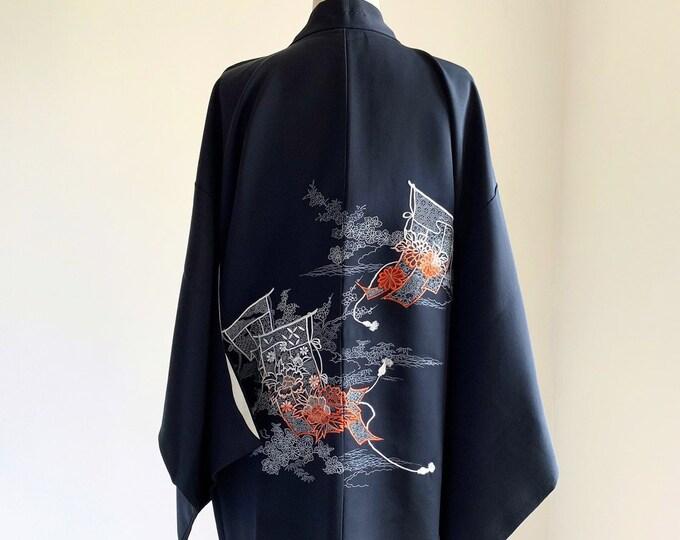 Vintage silk kimono   1950s kimono   Japanese kimono   Haori   Black   Embroidery