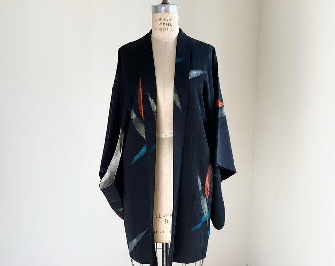 Vintage silk kimono | 1950s kimono | Japanese kimono | Haori | Black | Leaf