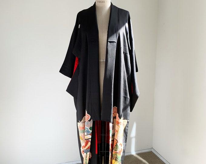 Antique silk kimono | 1920s kimono | Japanese kimono | Black Kurotomesode | Matsu