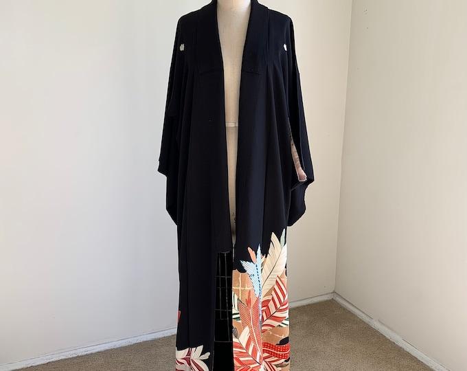 Antique 1930s Japanese silk Kurotomesode kimono | Black | Arrowhead