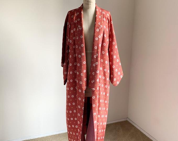 Antique 1920s Japanese silk kimono | Red | Polka-dot