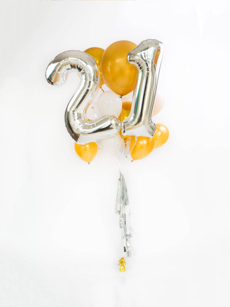 21st Birthday Balloon Bouquet With Tassel 21 Numbers