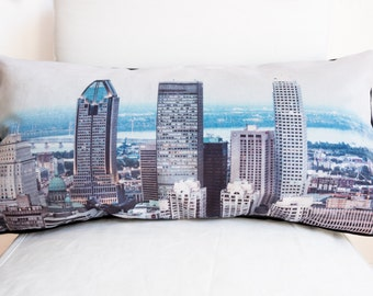 Skyline Trio - Cushion - Throw Pillow - Montréal