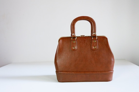 Vintage Brown Doctor Style Bag   Doctor Style Top